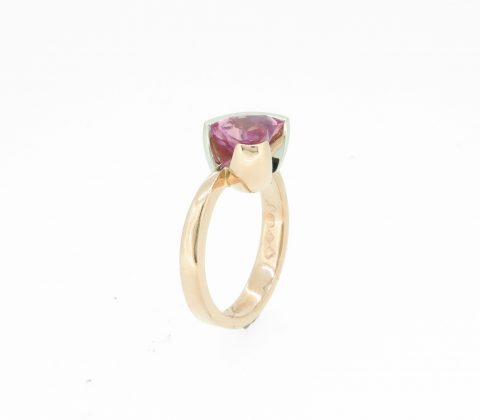 'Heart shaped pink sapphire ring 1