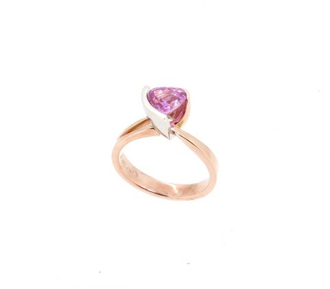 'Heart shaped pink sapphire ring 4