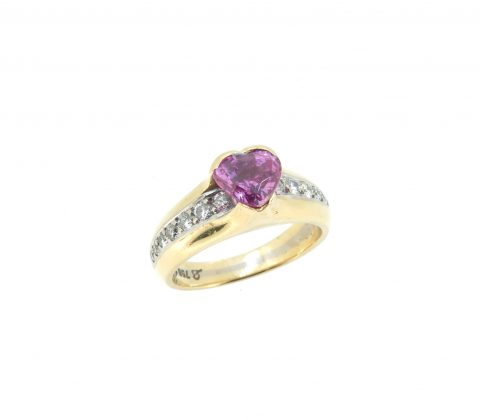'Heart shaped Pink Sapphire ring before remodelling